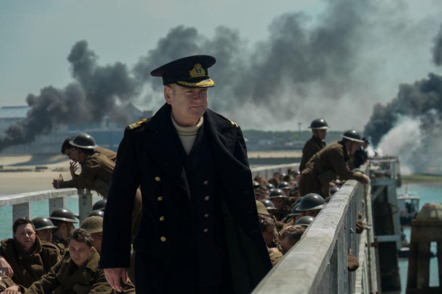 Смотреть бесплатно постеры и кадры к фильму Дюнкерк онлайн