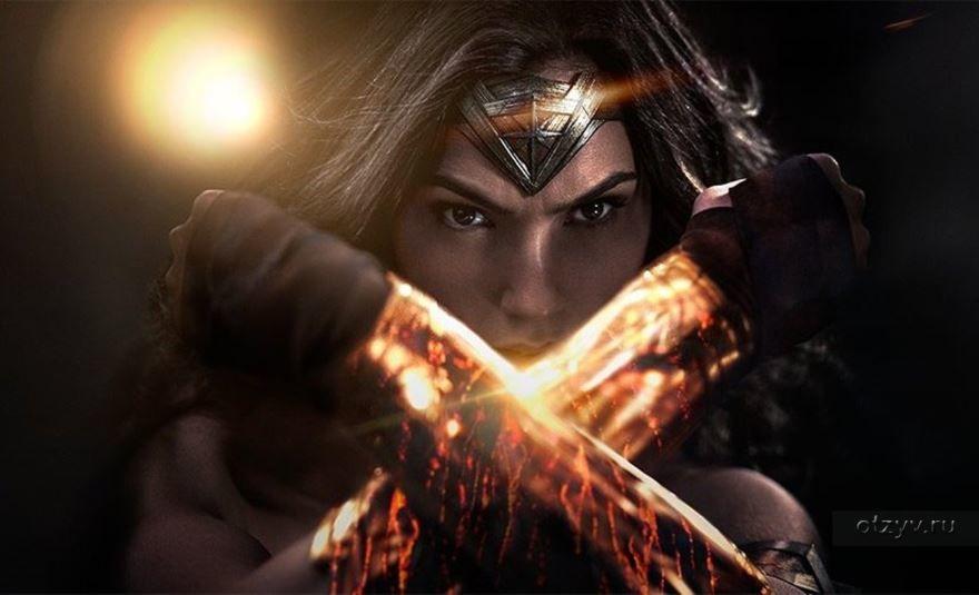 Смотреть бесплатно постеры и кадры к фильму Чудо-женщина онлайн