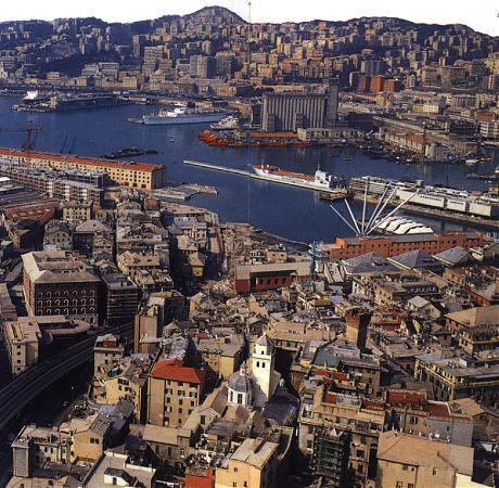 Панорама город Генуя