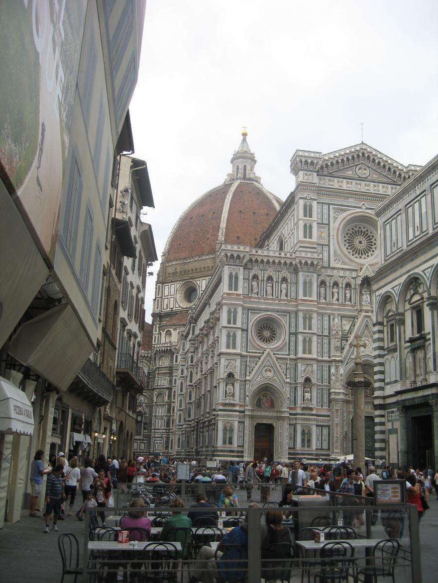 Вид на Собор Санта-Мария-дель-Фьоре город Флоренция