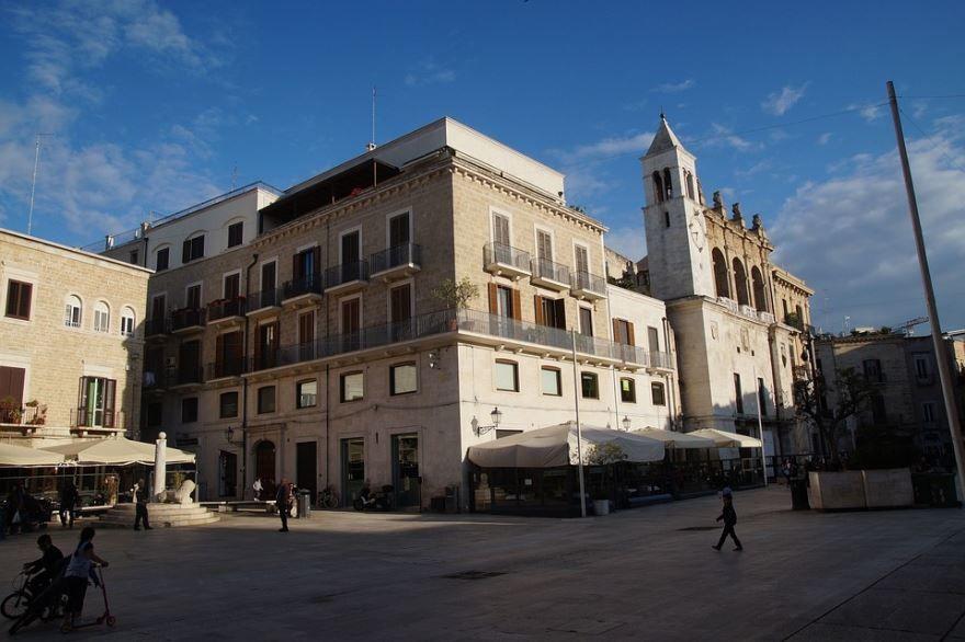 Фото города Бари Италия