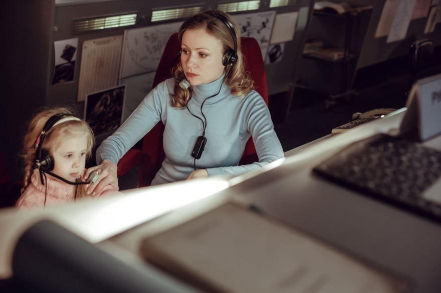 Смотреть бесплатно постеры и кадры к фильму Салют-7 онлайн