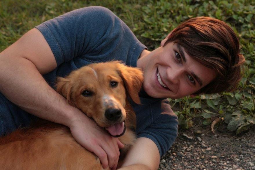 Скачать бесплатно постеры к фильму Собачья жизнь в качестве 720 и 1080 hd