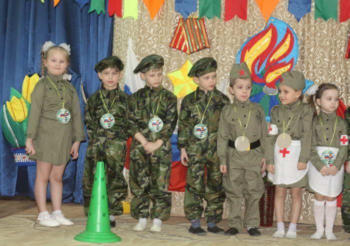 23 февраля в детском саду старшая группа