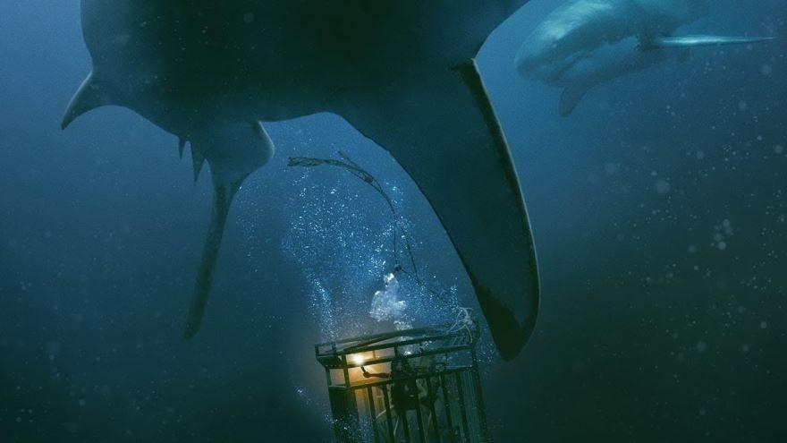 Смотреть бесплатно постеры и кадры к фильму Синяя бездна онлайн
