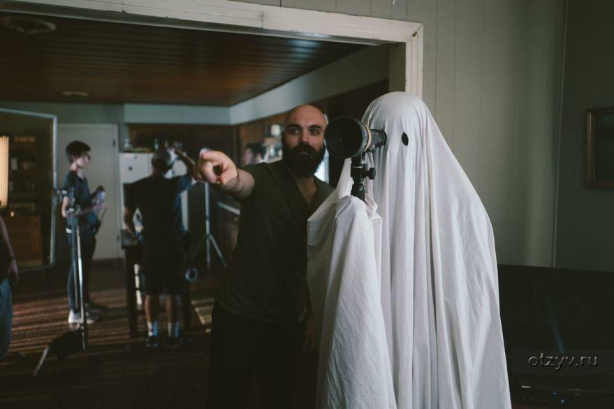 Смотреть бесплатно постеры и кадры к фильму Истории призраков онлайн