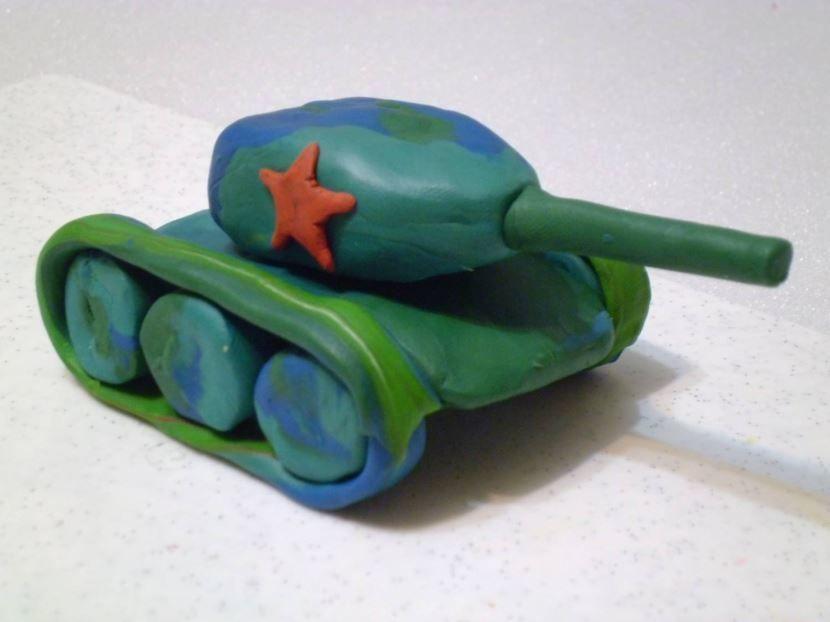 поделка танка из пластилина на 23 февраля