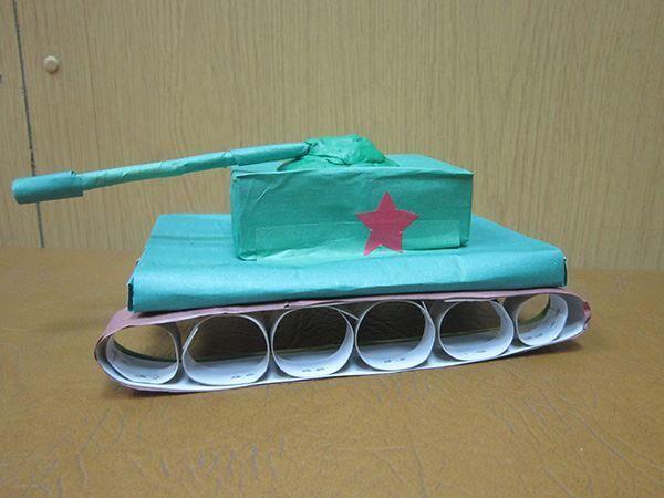 Поделка танка на 23 февраля
