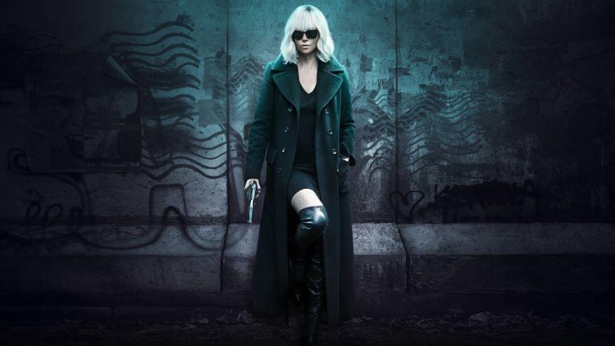 Лучшие картинки и фото фильма Взрывная блондинка 2017 в хорошем качестве