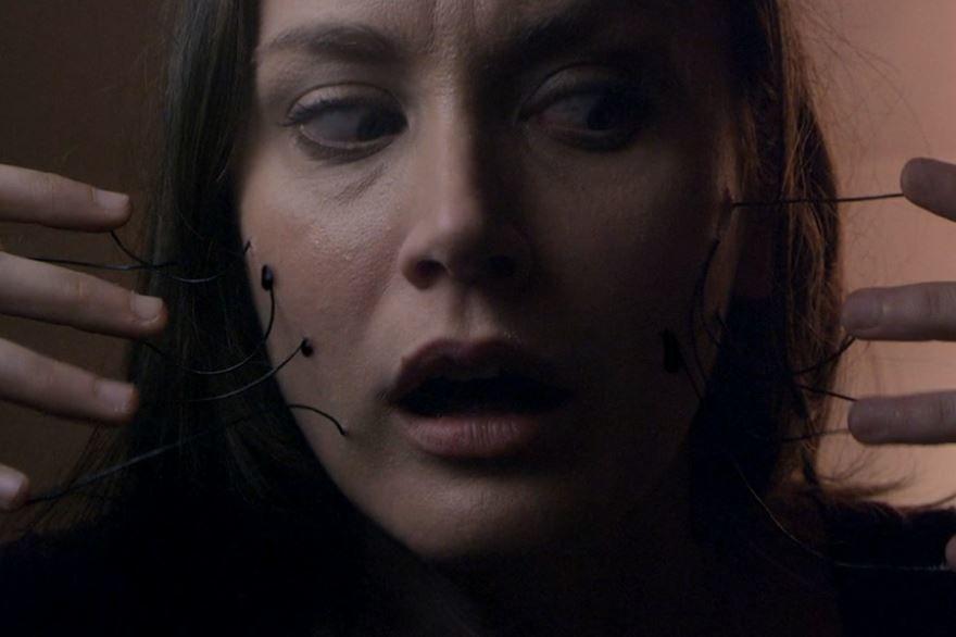 Смотреть бесплатно постеры и кадры к фильму Дом моих кошмаров онлайн