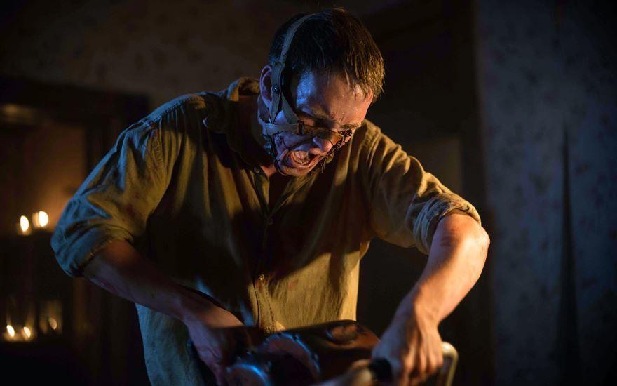 Бесплатные кадры к фильму Техасская резня бензопилой: Кожаное лицо в качестве 1080 hd