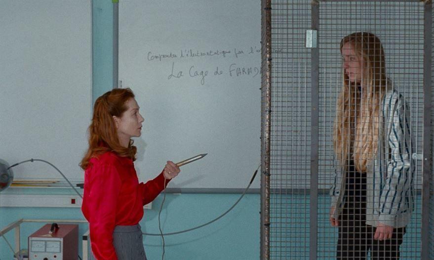 Бесплатные кадры к фильму Миссис Хайд в качестве 1080 hd