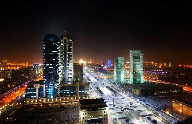 Ночное фото город Шымкент