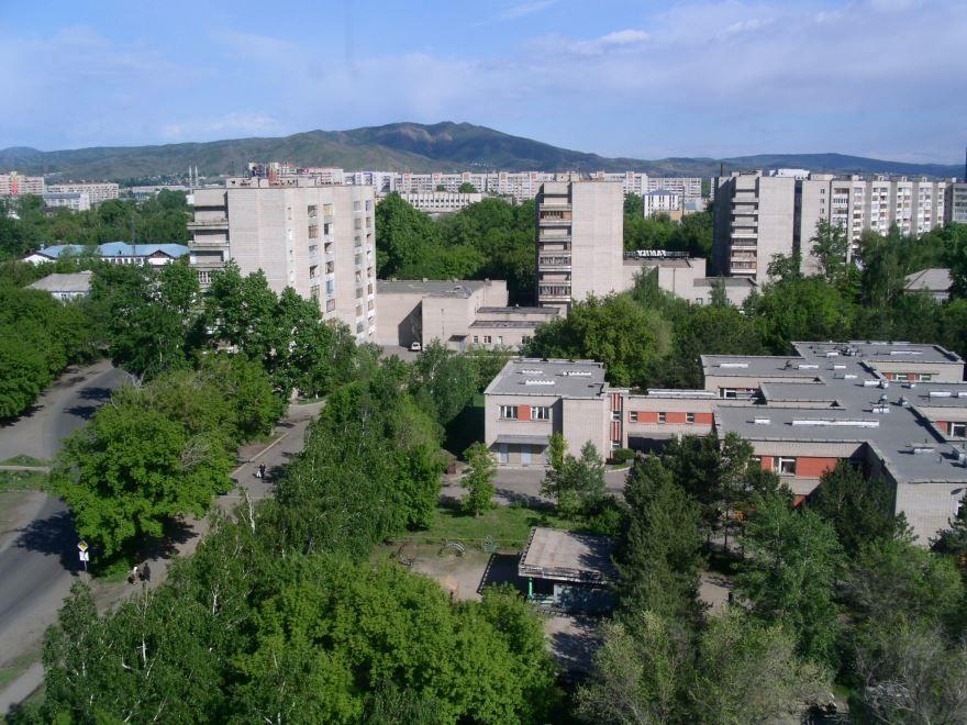 Вид на город Усть-Каменогорск