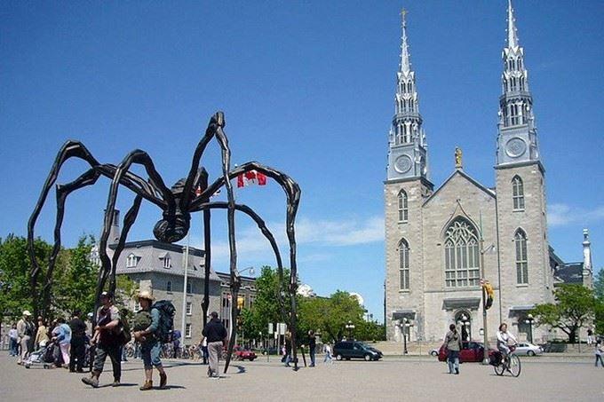 Храм города Оттава Канада
