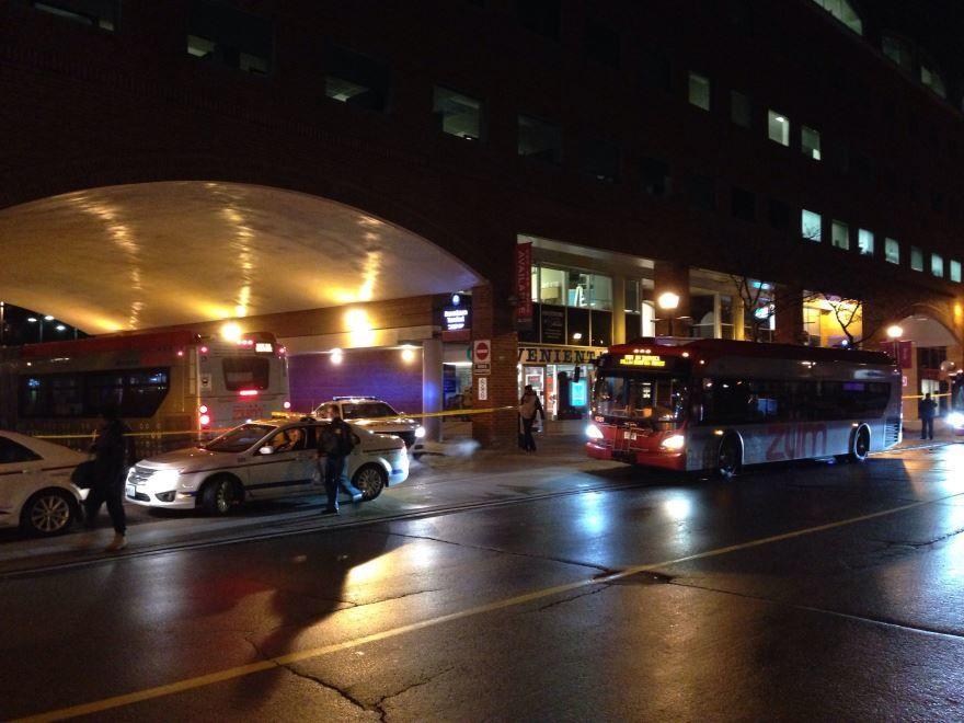 Ночное фото города Брамптон Канада