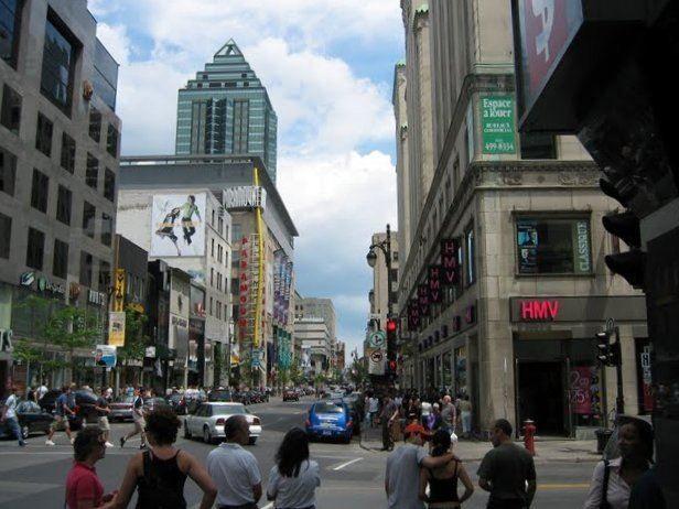 Улица город Монреаль Канада