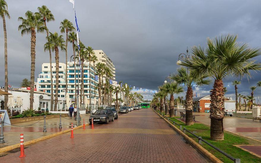 Фото города Ларнака Кипр
