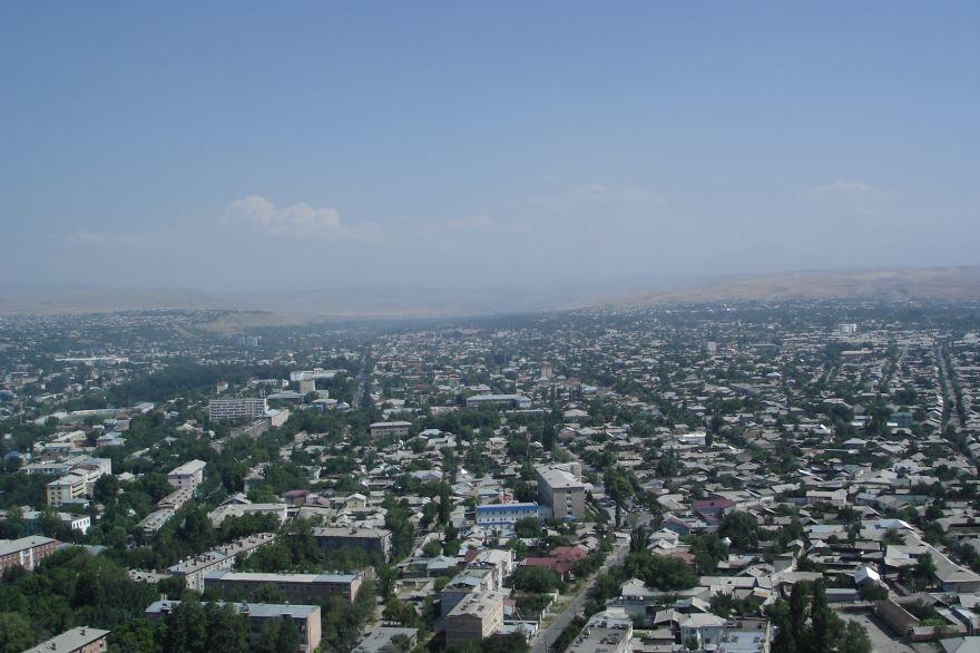 Скачать онлайн бесплатно лучшее фото панорама города Ош в хорошем качестве