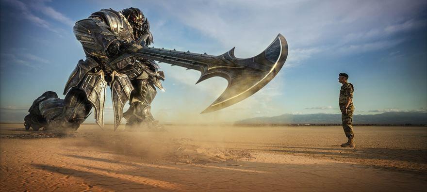 Смотреть бесплатно постеры и кадры к фильму Трансформеры: Последний рыцарь онлайн
