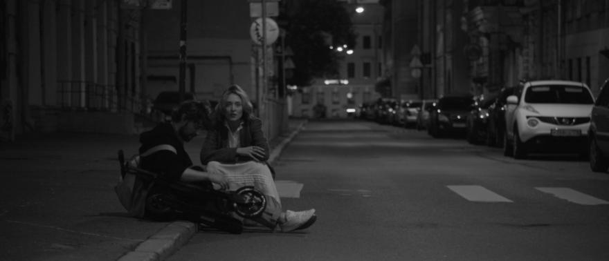 Смотреть бесплатно постеры и кадры к фильму Белые ночи онлайн