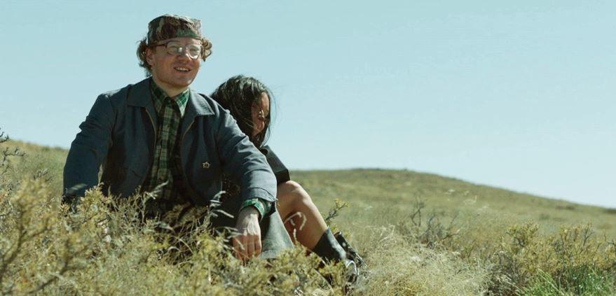 Смотреть бесплатно постеры и кадры к фильму Мой лучший друг онлайн