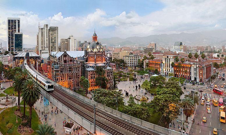 Вид на город Медельин Колумбия