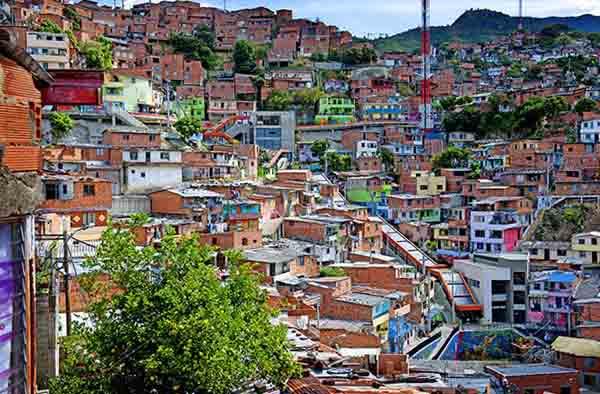 Скачать онлайн бесплатно лучшее фото город Медельин в хорошем качестве
