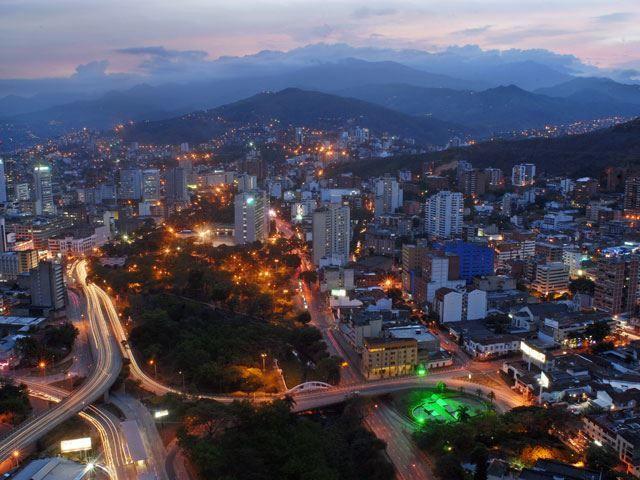 Скачать онлайн бесплатно лучшее фото город Кали в хорошем качестве