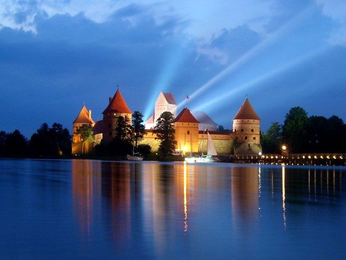 Ночное фото города Клайпеда Литва