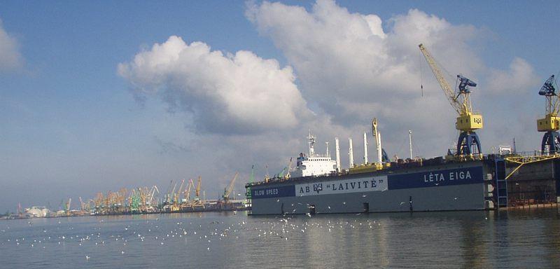 Порт города Клайпеда Литва