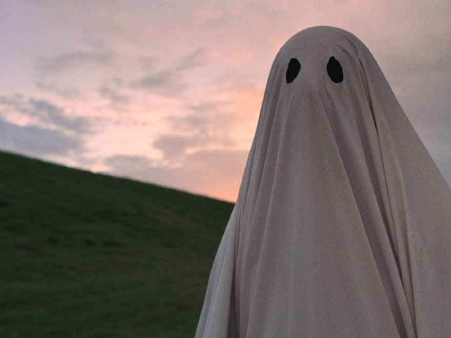 Скачать бесплатно постеры к фильму История призрака в качестве 720 и 1080 hd