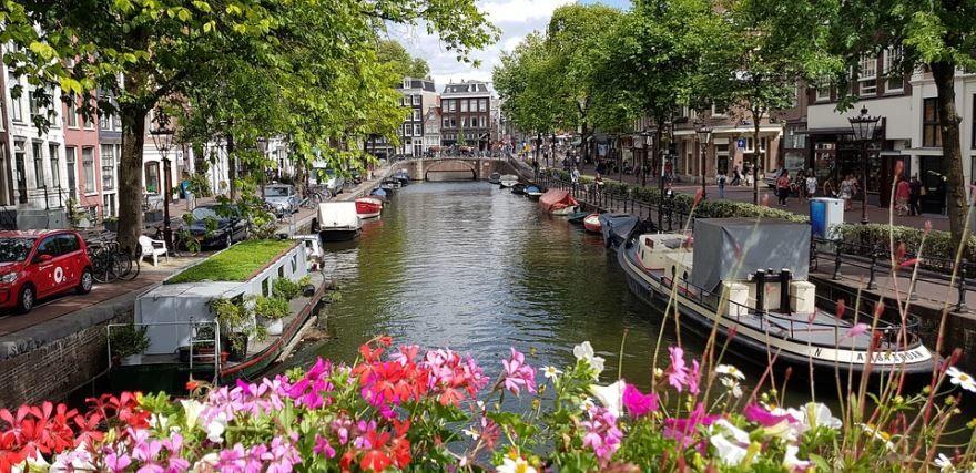Смотреть красивое фото город Амстердам