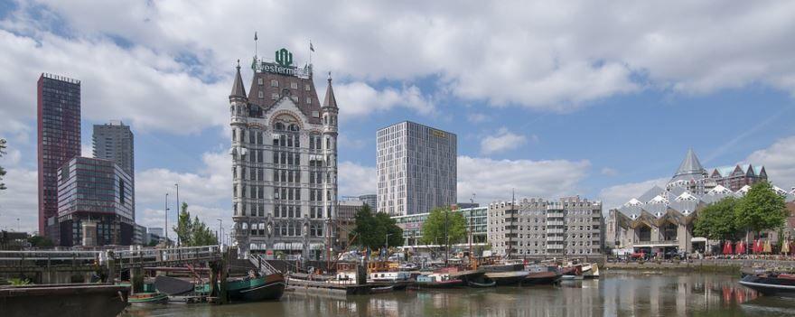 Вид на город Роттердам