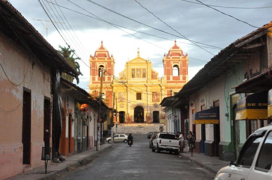 Фото города Леон Никарагуа