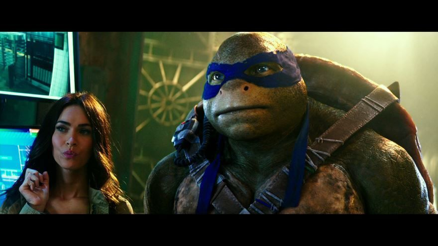 Смотреть бесплатно постеры и кадры к фильму Черепашки-ниндзя 2 онлайн