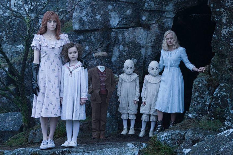 Бесплатные кадры к фильму Дом странных детей в качестве 1080 hd