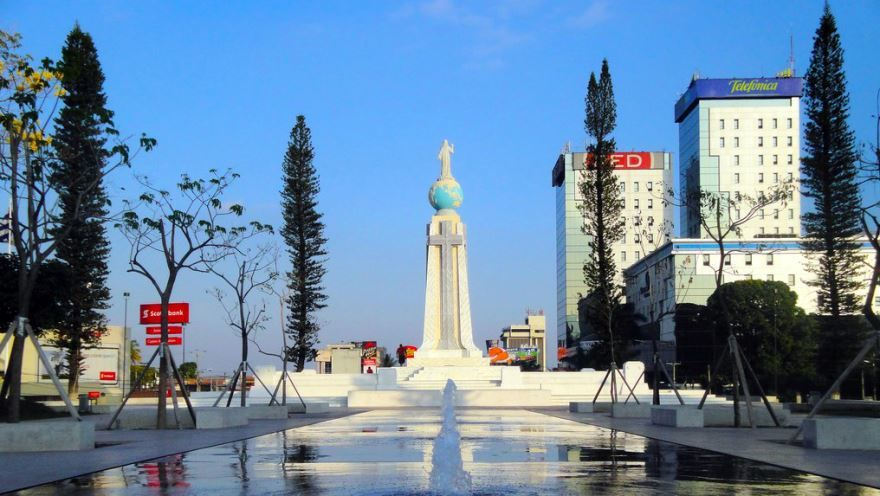 Скачать онлайн бесплатно лучшее фото город Сан-Сальвадор в хорошем качестве