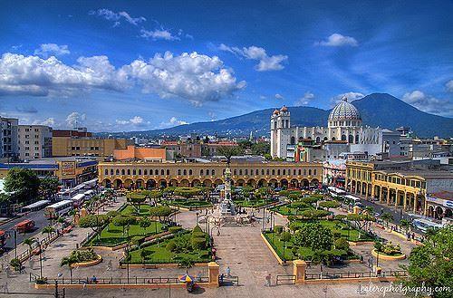 Фото города Сан-Сальвадор