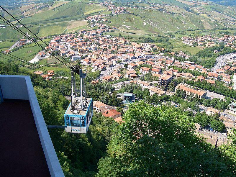 Скачать онлайн бесплатно лучшее фото город Сан-Марино