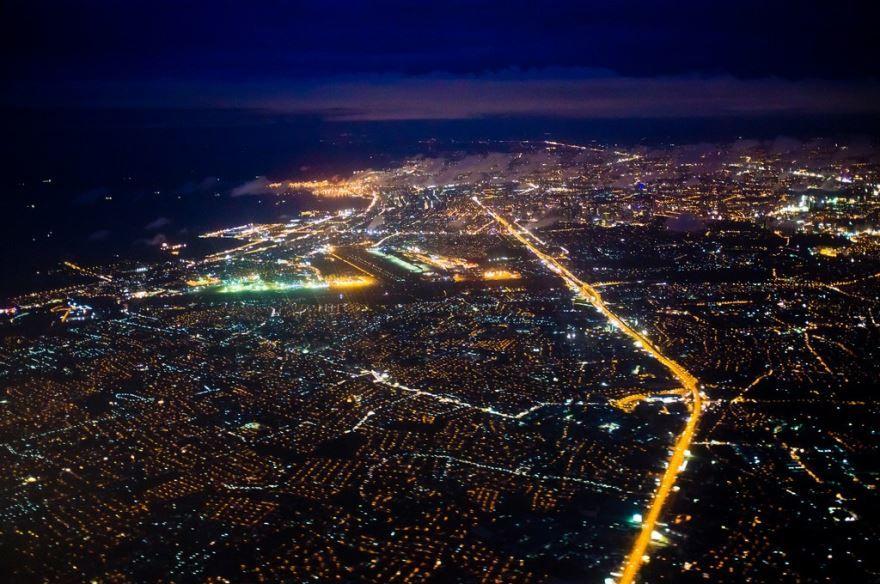 Ночное фото город Манила