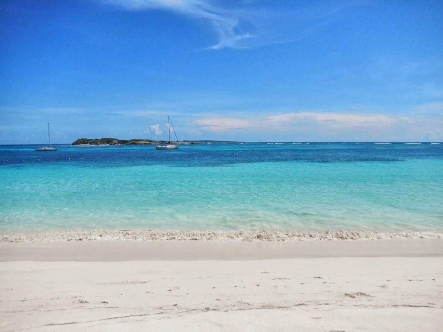 Пляж города Мариго