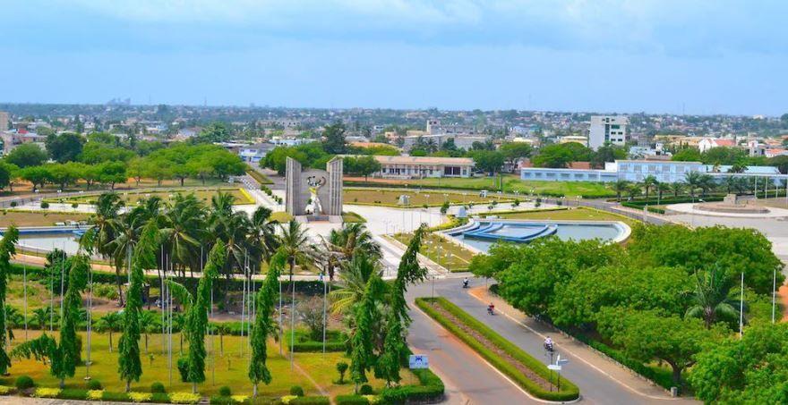 Панорама город Ломе