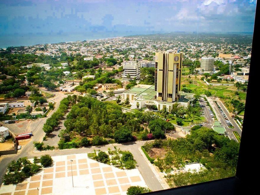 Скачать онлайн бесплатно лучшее фото город Ломе в хорошем качестве