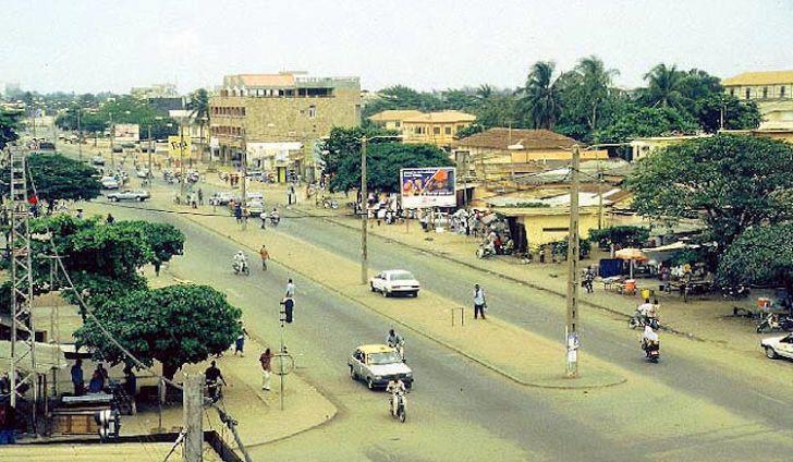 Смотреть красивое фото город Ломе