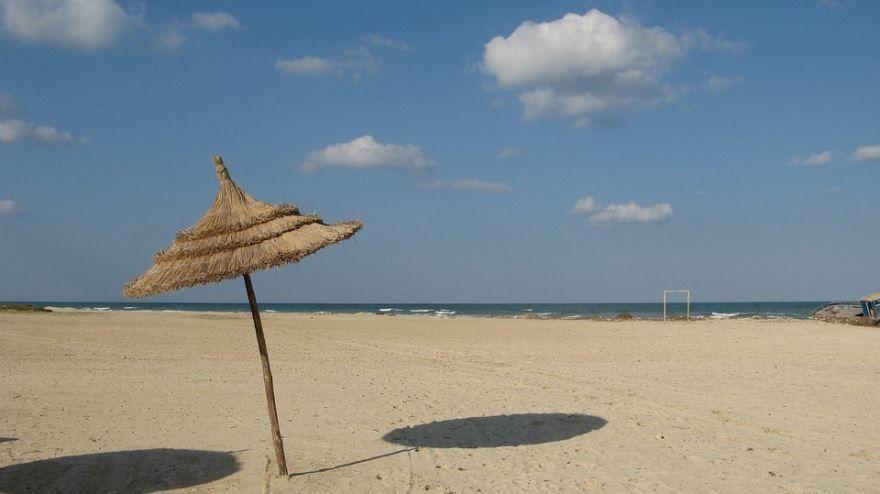Пляж город Тунис скачать онлайн бесплатно