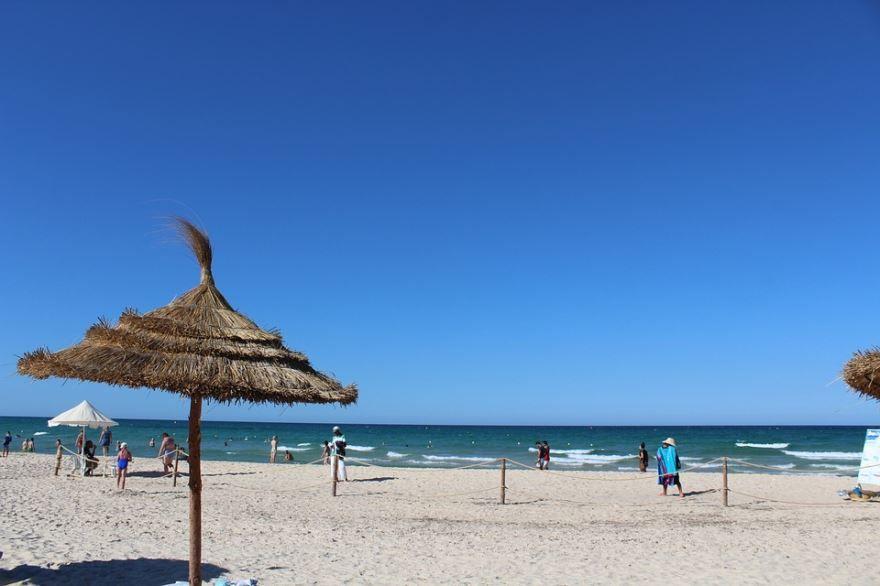 Пляж город Тунис
