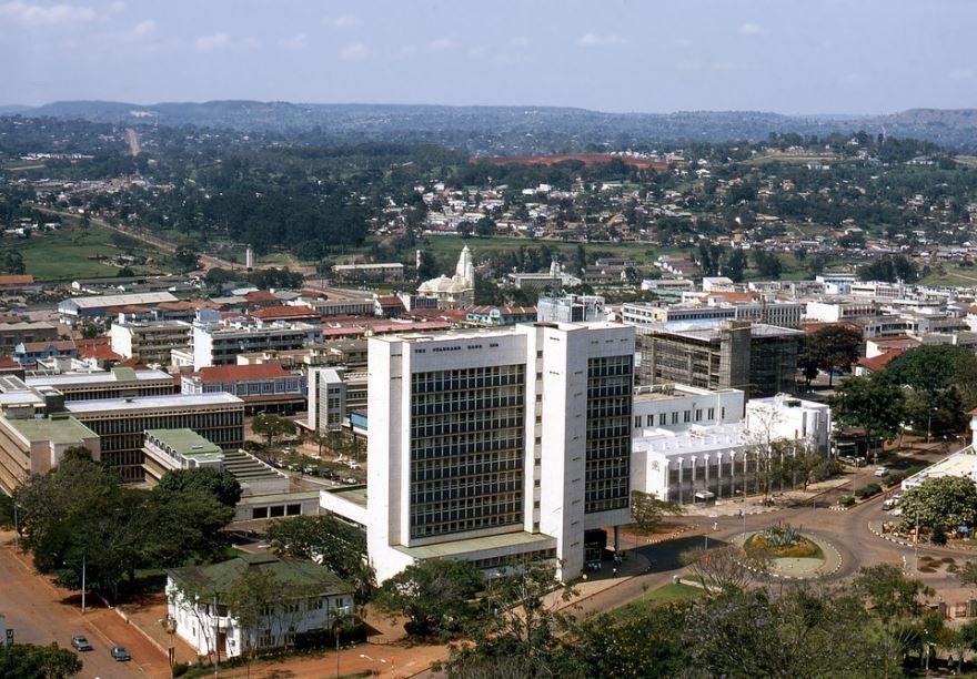 Панорама город Кампала