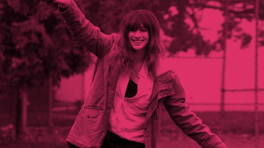 Смотреть бесплатно постеры и кадры к фильму Моя девушка – монстр онлайн