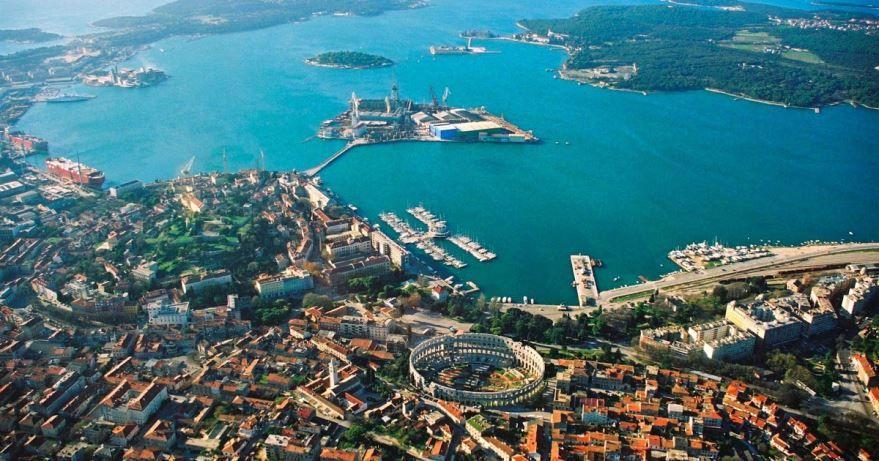 Фото города Пула Хорватия